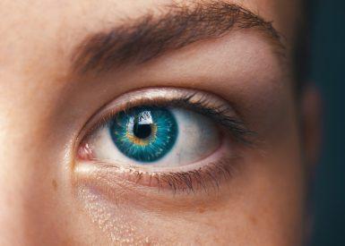 câncer nos olhos